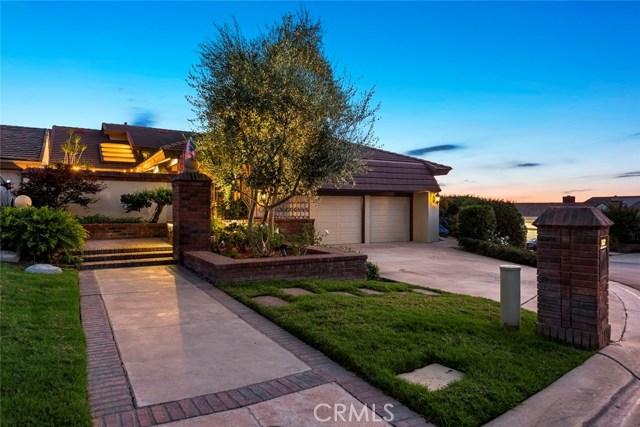 Photo of 5532 E Crest De Ville Avenue, Orange, CA 92867