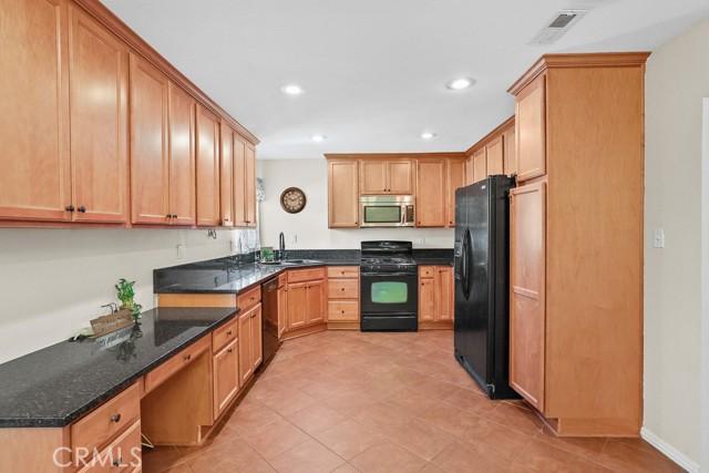 16. 450 E Rancho Road Corona, CA 92879