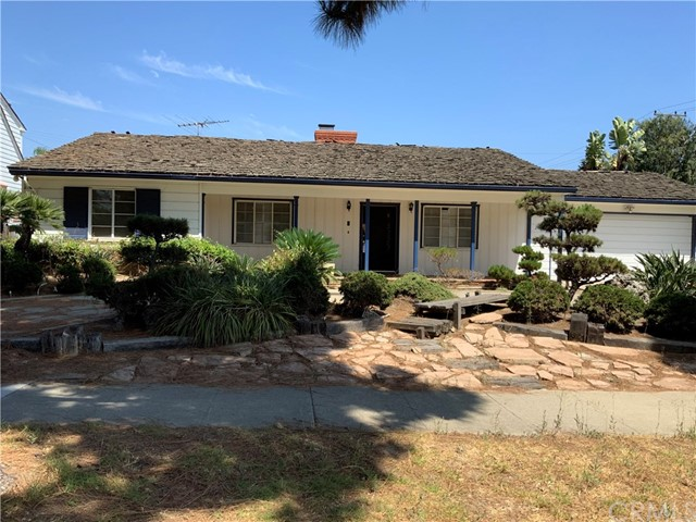 204 N Hillcrest Boulevard, Inglewood, CA 90301