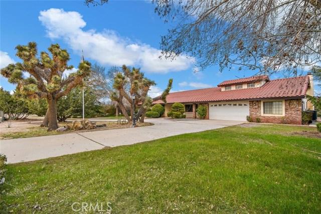 7373 Topaz Avenue, Oak Hills, CA 92344
