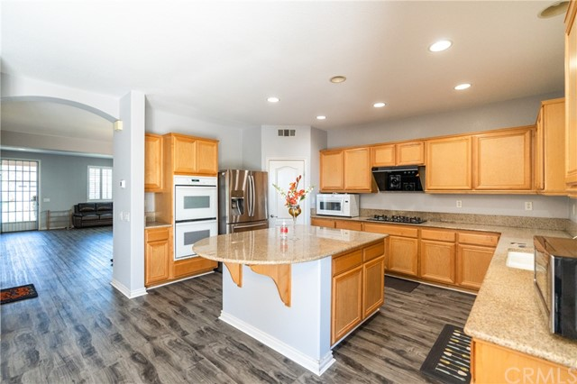 15. 12805 Golden Leaf Drive Rancho Cucamonga, CA 91739