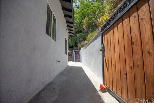 929 Miller Av, City Terrace, CA 90063 Photo 17