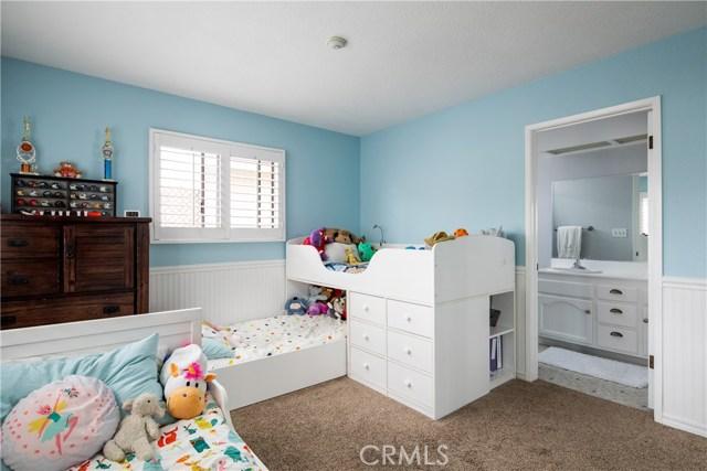 2513 Voorhees Avenue, Redondo Beach, California 90278, 2 Bedrooms Bedrooms, ,2 BathroomsBathrooms,Townhouse,For Sale,Voorhees,SB19094887