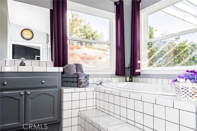 6715 Landover Rd, Oak Hills, CA 92344 Photo 66