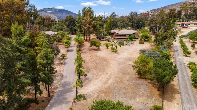 35. 6983 Via Del Charro Rancho Santa Fe, CA 92067