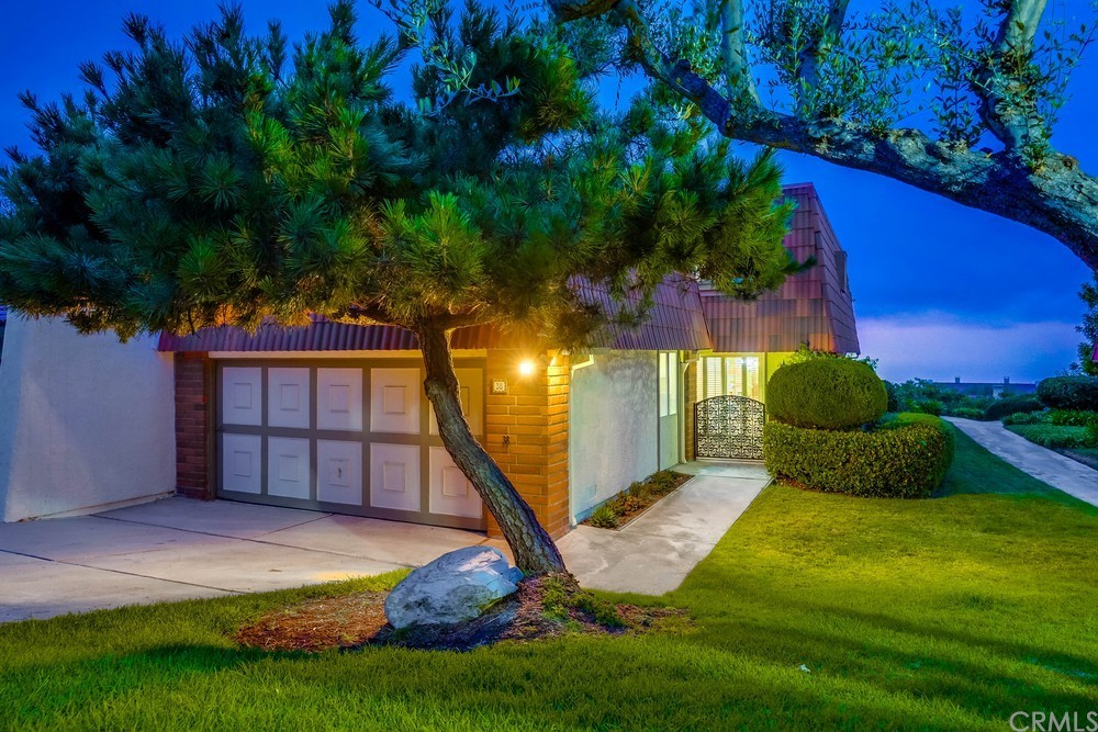 Photo of 38 Cresta Verde Drive, Rolling Hills Estates, CA 90274