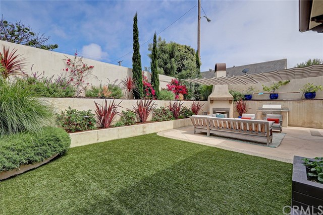 1406 Laurel Avenue, Manhattan Beach, California 90266, 5 Bedrooms Bedrooms, ,5 BathroomsBathrooms,For Sale,Laurel,SB21049617