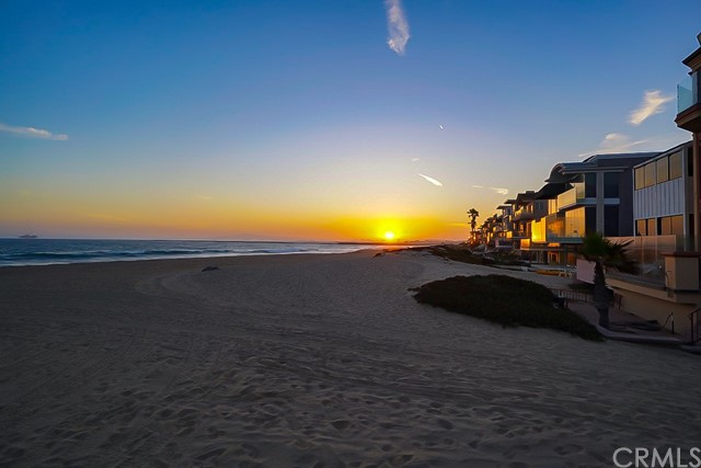 80  B Surfside, Surfside, California