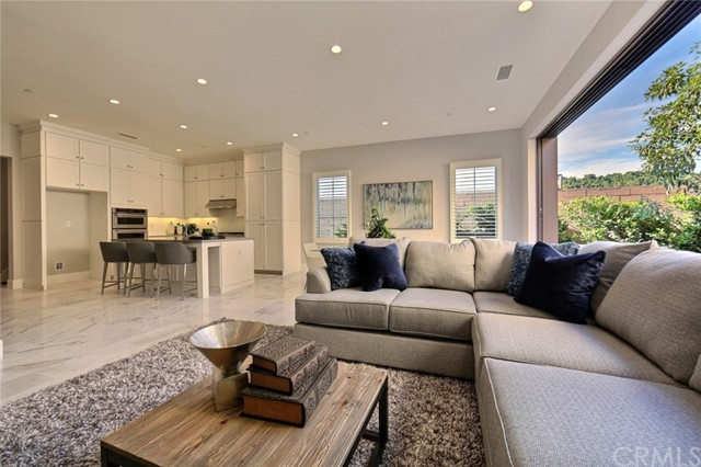 206 Villa Ridge, Irvine, CA 92602 Photo 2