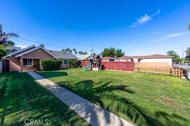 2323 Elm Avenue, Long Beach, CA 90806