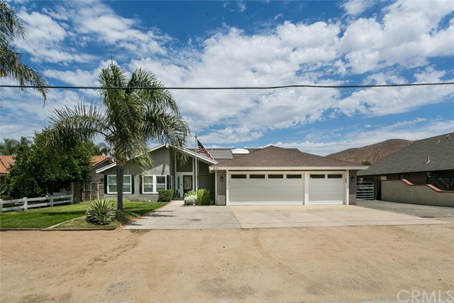 231 East Street, Norco, CA 92860