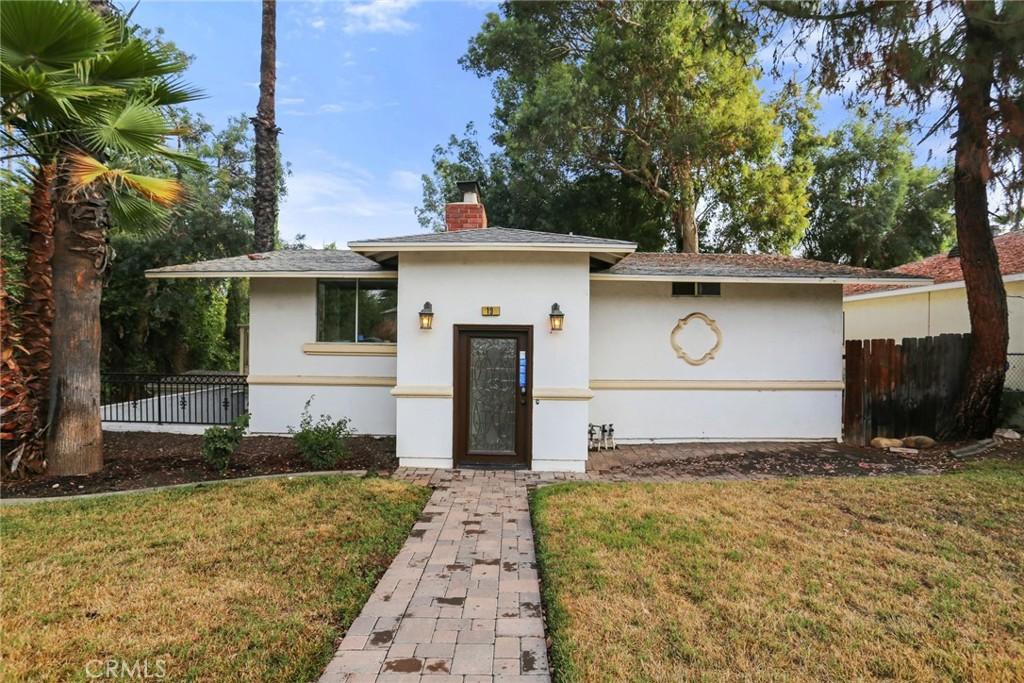 19     Sherril Lane, Redlands CA 92373