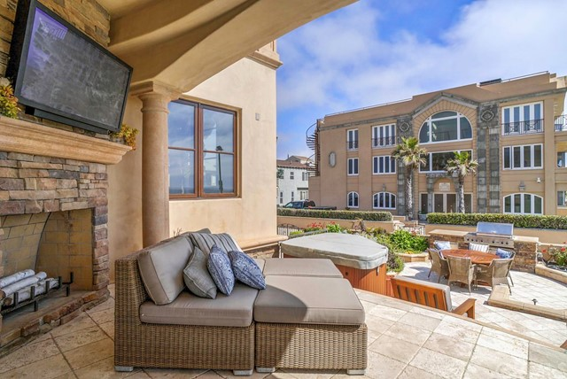 600 The Strand, Hermosa Beach, California 90254, 6 Bedrooms Bedrooms, ,8 BathroomsBathrooms,For Rent,The Strand,SB17125624