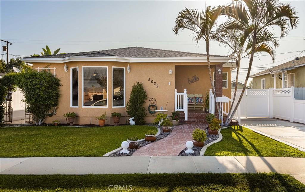 5032     Gaviota Avenue, Long Beach CA 90807