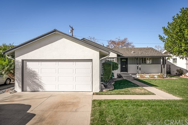 2103 Ostrom Ave, Long Beach, CA 90815