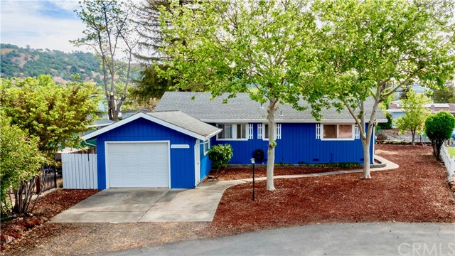 Lake Living at it'sFinest! This 3 bed/ 2 bath home with 1,284 SF is located at the end of a quiet cul-de-sac on desirable Shoreview Dr in the Clearlake Keys! Easy lake access by boat from your very own private, covered dock + liftthat has been professionally restored and resurfaced with old-growth redwood & includes a new 30' metal gangway. Enjoy summer evenings under the Weeping Willow taking in the beauty that surrounds! Many updates have been made including new interior/exterior paint, engineeredlaminate flooring & carpeting & new light fixtures throughout. Kitchen includes resurfaced cabinets+ hardware with loads of storage, new breakfast bar, Covossi solid surface countertops, new appliances+ disposal & new stainless steel basin+ faucet. New water heater & indoor laundry are a bonus! Dining area off the living room & breakfast bar with new ceiling fan. The living room includes an oversized picture window to take in the water views + a sliding glass door for easy outdoor access. A stately pellet stove on brick hearth is another living room focal point. 3 comfortably sized bedrooms with ceiling fans. Hall bath includes tile countertops & walk-in tile shower. Master bath has a single sink vanity and tub/shower combo. Step outside to find low maintenance landscaping and beautiful trees that have been professionallyserviced and provide outstanding shade year round. Large storage shed is a bonus! Don't miss your opportunity to own this AFFORDABLE, Turn-Key, Clearlake Channel Front home! Video Tour available upon request! |4oNl3UphGUI
