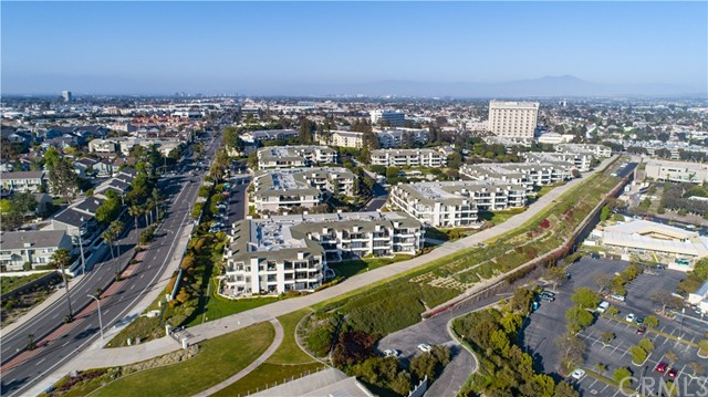 230 Lille Lane | Villa Balboa (VBAL) | Newport Beach CA