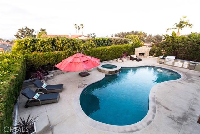 325 Calle Mayor, Redondo Beach, California 90277, 5 Bedrooms Bedrooms, ,4 BathroomsBathrooms,For Sale,Calle Mayor,PV18001753