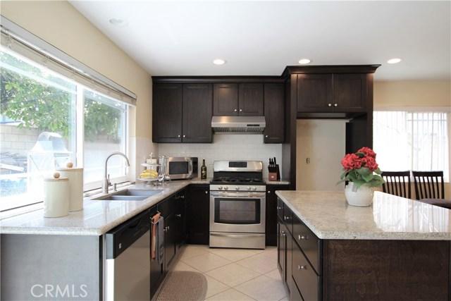 2541 N Forest Avenue, Santa Ana, CA 92706