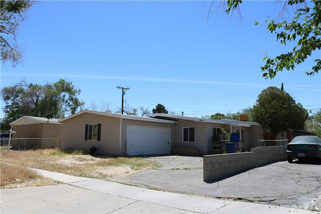 45427 Corkwood Avenue, Lancaster, CA 93534