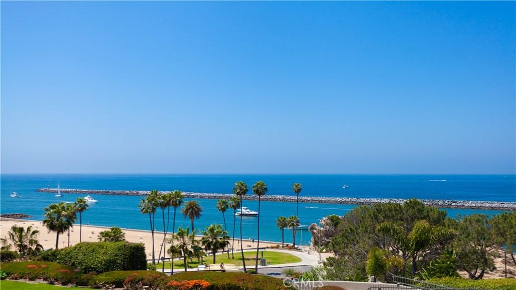Homes for sale - 2900 Ocean BLVD, Corona Del Mar, CA 92625 – MLS#OC...