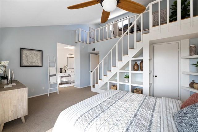 2715 Vanderbilt Lane A, Redondo Beach, California 90278, 3 Bedrooms Bedrooms, ,2 BathroomsBathrooms,For Sale,Vanderbilt,SB20191300