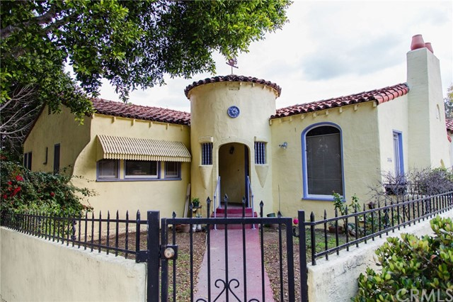 2416 Kenilworth Avenue, Los Angeles, CA 90039