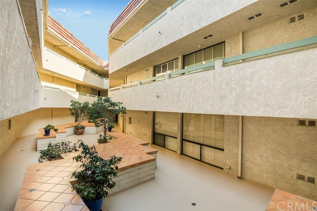 2545 Via Campesina, Palos Verdes Estates, California 90274, 2 Bedrooms Bedrooms, ,2 BathroomsBathrooms,Condominium,For Sale,Via Campesina,PV19244896