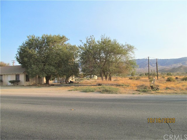 32405 Hwy 18, Lucerne Valley, CA 92356 Photo 3