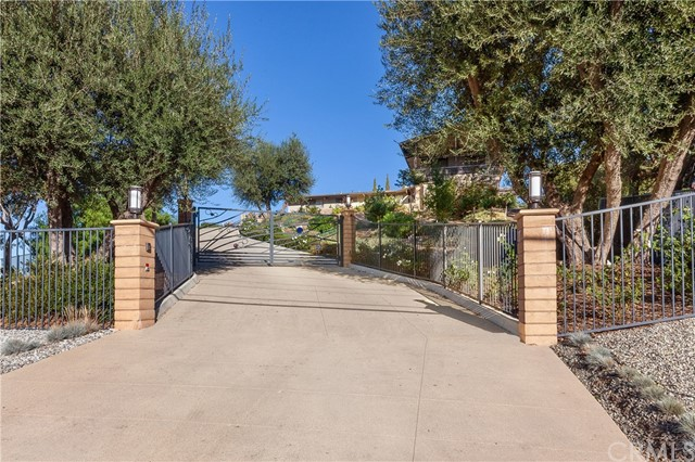 Photo of 1830 Ladera Vista Drive, Fullerton, CA 92831