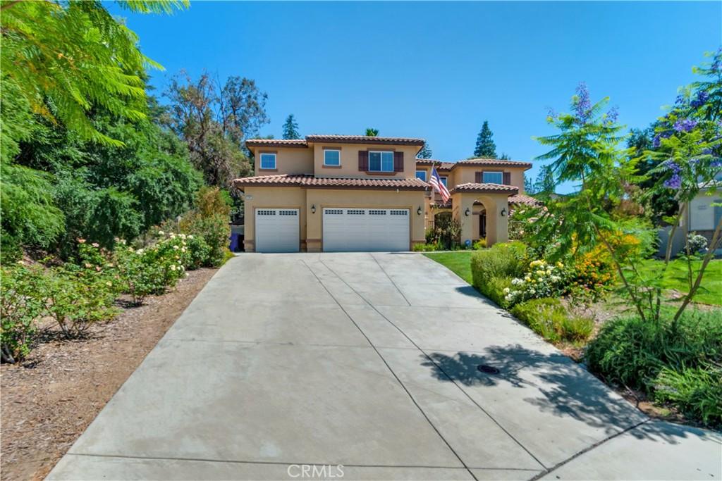 Photo of 2385 Hidden Lane, Upland, CA 91784