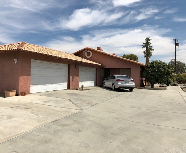 33186 Whispering Palms, Cathedral City, CA 92234