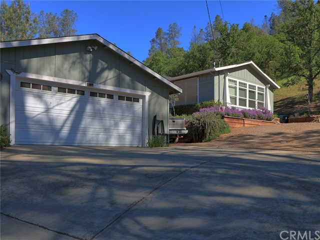 3348 Wolf Creek Road, Clearlake Oaks, CA 95423