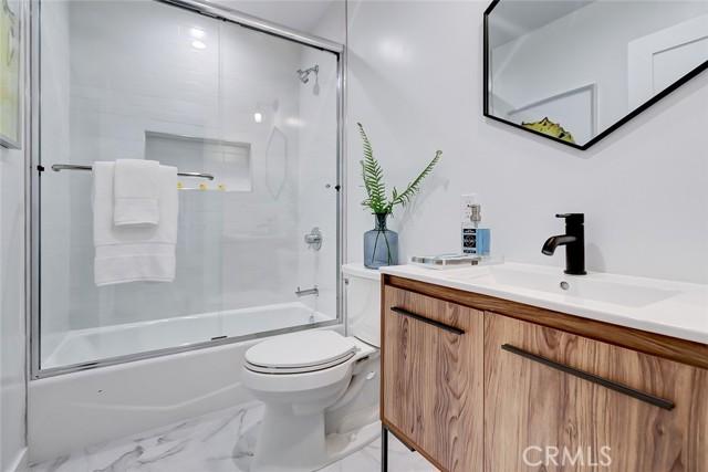 1642 2nd Street, Manhattan Beach, California 90266, 3 Bedrooms Bedrooms, ,2 BathroomsBathrooms,For Sale,2nd,SB21054935