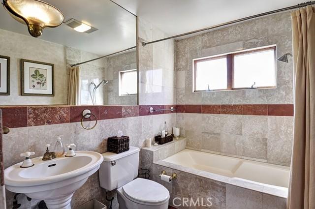 Front Unit Main Level Bathroom