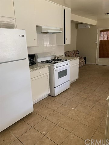 338 Pomelo, Monterey Park, California 91755, 2 Bedrooms Bedrooms, ,1 BathroomBathrooms,Residential,For Rent,Pomelo,WS20098731