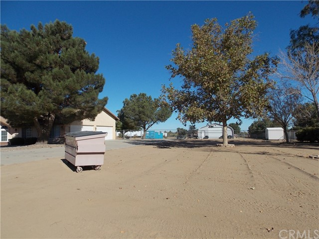 13810 Farmington St, Oak Hills, CA 92344 Photo 23