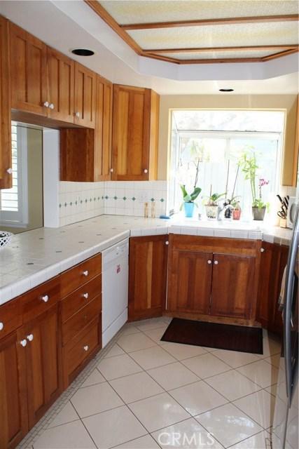 1596 Whitefield Rd, Pasadena, CA 91104 Photo 2