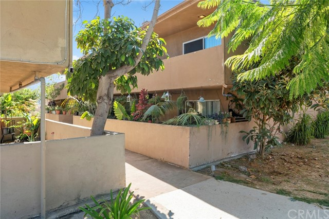 1247  Baker Street, Costa Mesa, California