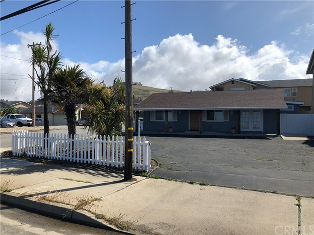 2598 Main Street, Morro Bay, CA 93442