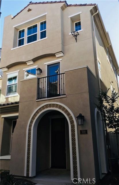 702 W Tribella Court, Santa Ana, CA 92703