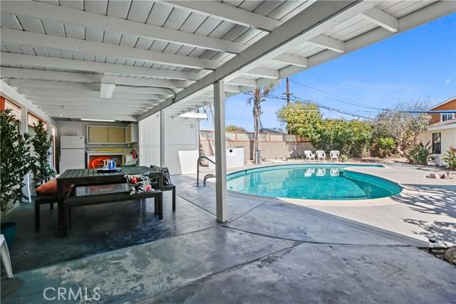 1007 Pruitt, Redondo Beach, California 90278, 2 Bedrooms Bedrooms, ,1 BathroomBathrooms,For Sale,Pruitt,SB21063014