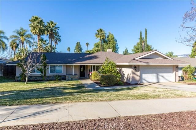 1528 W Fern Avenue, Redlands, CA 92373