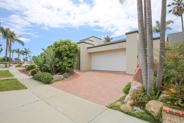 One of Huntington Beach 3 Bedroom Homes for Sale at 16871  Saybrook Lane