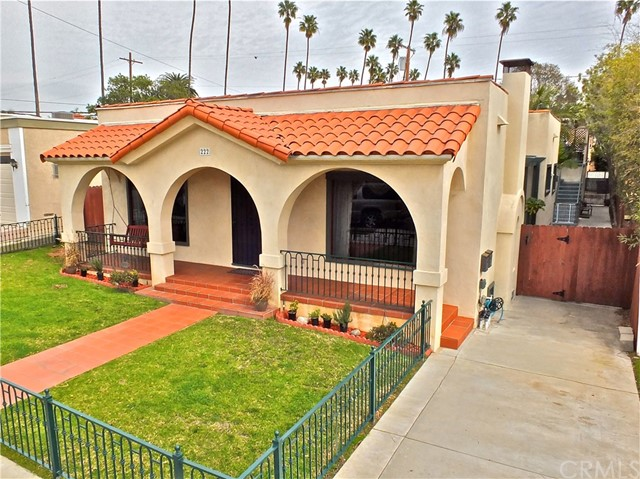 Photo of 222 Roswell Avenue, Long Beach, CA 90803