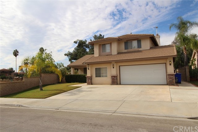 33302 Golden Meadow Court, Yucaipa, CA 92399
