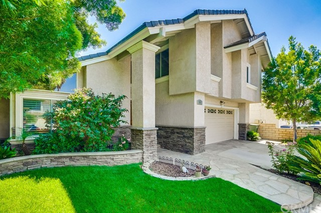 10 Bluff Point Circle, Phillips Ranch, CA 91766