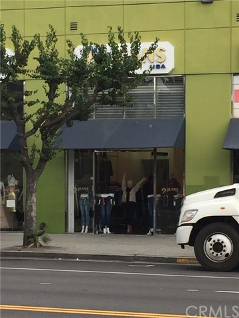 1100 S San Pedro Street E10, Los Angeles, CA 90015