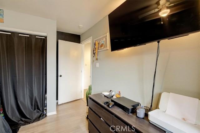 548 King Street, Rialto, California 92376, 3 Bedrooms Bedrooms, ,2 BathroomsBathrooms,Residential,For Sale,King,EV21226091