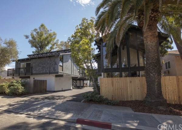 Property for sale at 1039 Montalban Street Unit: 8, San Luis Obispo,  California 93405